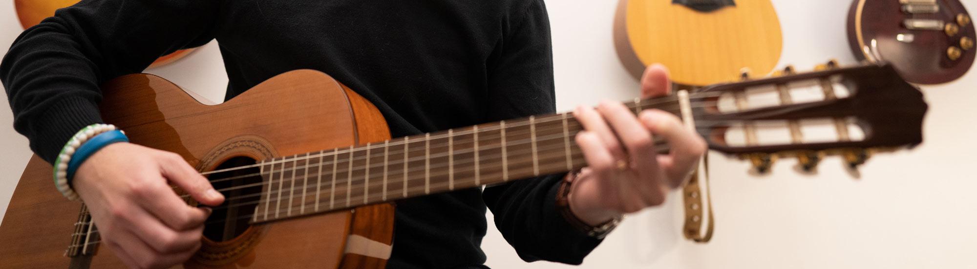 Guitar Lessons hero