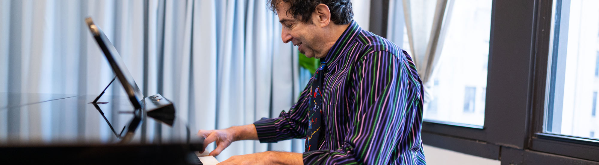 Piano Lessons hero